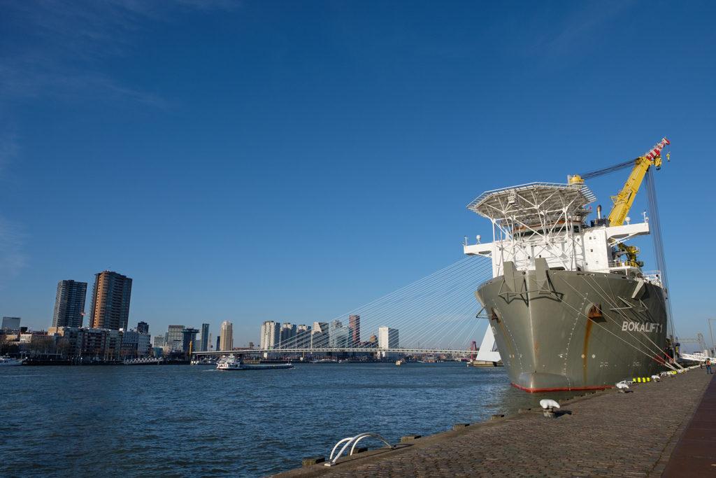 Bokalift I van Boskalis in Rotterdam